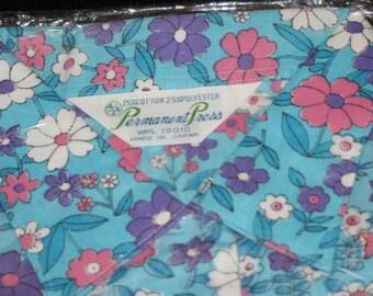 Womens Vtg Shirt Top Blouse New NIP Sz 34 / 14 Permanent Press Sleeveless  Retro  Polyester Vintage Clothes Hippie 1960s