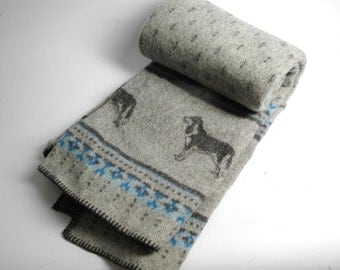Pure Lambswool blanket with Wolfe/Dogs pattern throw Grey Grey Blue Wool throw Pure wool throws Wool throw 59''X79''150X200cm Perfect gift