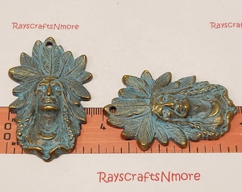 2 pcs Native American Indian Chief Pendant Patina on Bronze Free Pewter. SLR0639