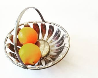 French Vintage metal Basket, Fruit basket , Easter basket / French decor/French kitchen/French country
