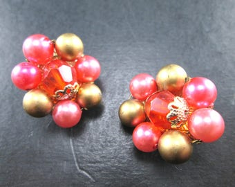 Vintage Red Pink & Gold Tn Beaded Cluster Earrings Made in Japan Clip On 1960s