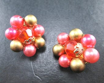 Vintage Red Pink & Gold Tn Beaded Cluster Earrings Made in Japan Clip On 1960's