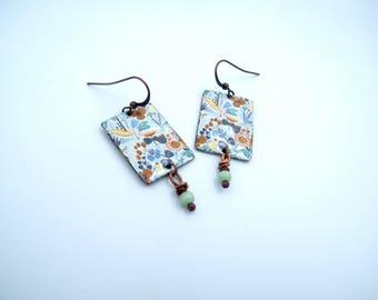 Boucles d'oreilles bohèmes - poétiques - laiton impressions - perles verre - bijou artisanal - pièce unique - Les bijoux de Francesca