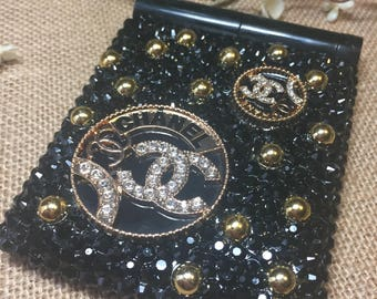 Black and bling led mirror perfect for graduates and  birthday gifts. Bling led mirror, black and gold, black bling, pocket mirror, purse