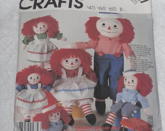 """McCall's 2447 Pattern Raggedy Ann & Andy Dolls and Clothes 10"""" 15"""" 20"""" 25"""" Uncut"""