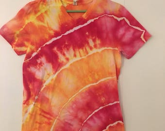 V-neck ripples ice dyed tie dyed T shirt, V-neck, Small.