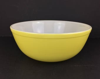 Vintage Pyrex Primary Yellow Mixing Bowl #404 Pyrex Primiary Color