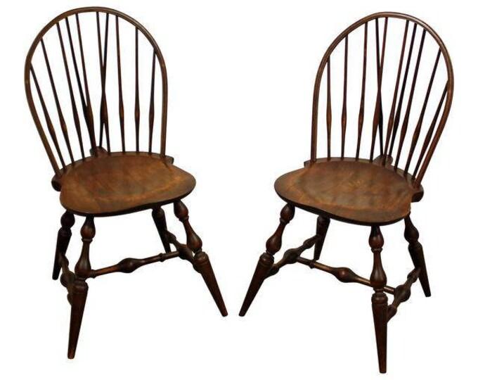 Pair of Hoop Brace-Back Windsor Dining/Side Chairs