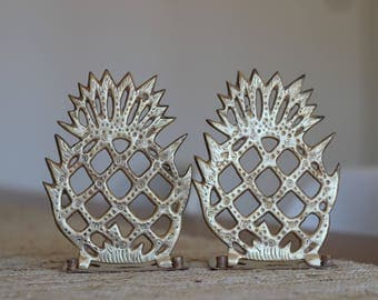 Pair of Vintage Folding Brass Pineapple Bookends / Charleston Decor / Brass Pineapple / Hollywood Regency Bookends/ Brass Filagree Pineapple