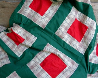 Vintage Patchwork Quilt Top and Bottom / Christmas Quilt / Holiday Quilt / Needs Finishing / Red Green Quilt Top / Plaid Quilt / 84 x 72