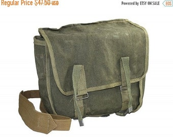 25% OFF Russian Military Surplus Bread Bag Vintage Bicycle Pannier 1980's Green Canvas