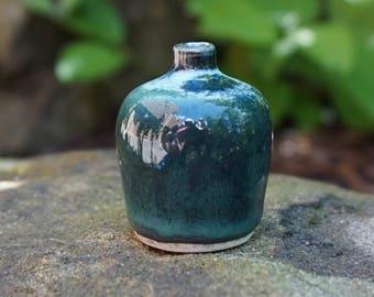 Mini Ceramic Vase - Green