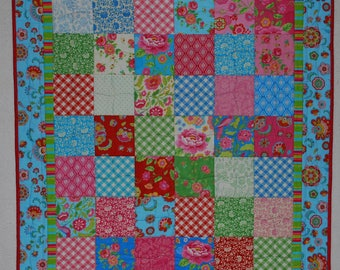 """SPECIAL - Baby/Wall Hanging/Table Topper  Quilt - Honeycomb  34-1/2"""" x 39-1/2"""""""