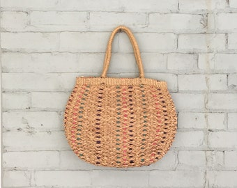 1970s straw basket bag / 70s woven market bag / 1970s striped woven tote / 70s straw tote