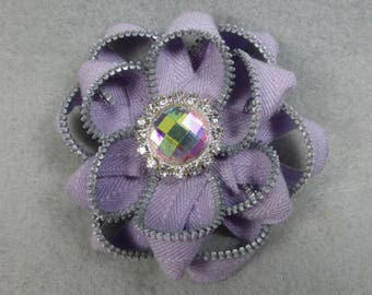 Purple Flower Brooch, Zipper Brooch, Purple Brooch, Purple Pin, Zipper Pin, Zipper Art, Flower Pin, Upcycled, Recycled, Repurposed