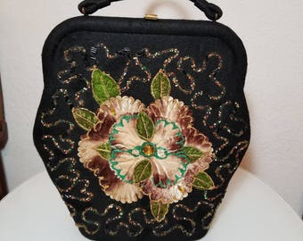 FREE  SHIPPING   1950  Bead  Flower  Handbag