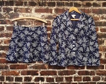 70s Two Piece Set. Blue Floral Mini Skirt and Blazer Suit, Matching Set by CECI. Blue and White Floral Print Women's Suit. Size Small Medium