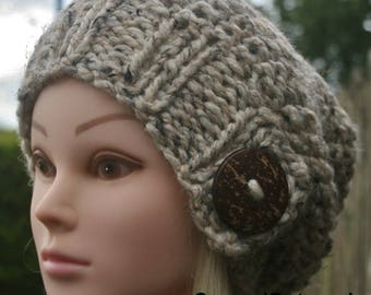 Slouchy Beanie hat, Hand knit hat, Women's knit hat, Available in different colors, Winter hat, Slouch hat, Wool hat, Knit accessories