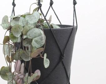 BLACK | modern hanging planter in macrame | natural cotton yarn, handmade plant holder, industrial styled gift idea for men *
