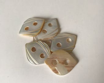 Set of 6 Mother of Pearl Buttons * Vintage Buttons * Shell Buttons * White Buttons * Iridescent