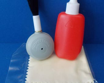 Lens cleaning sets for Photographic and Telescopic Equiptment.