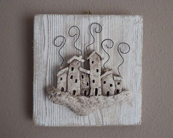 Entirely hand painted ceramic picture MAISONS D ' AMITIE '
