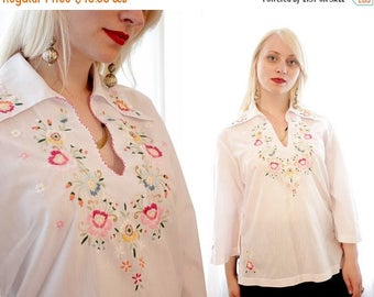 20% OFF SALE Vintage white cotton ethnic folk blouse floral embroidery BoHo swimsuit cover up Mexican style