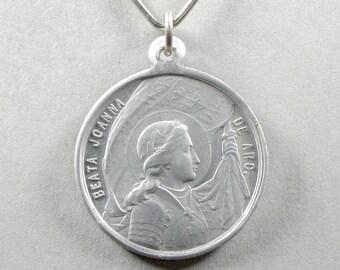 French, Antique Religious Pendant. Saint Joan of Arc. Jeanne D'Arc. Fleur de lis, lys. 1909. Medal. 170829 1 B