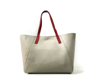 Leather tote bag in taupe grey and red // Large market bag // work or travel bag