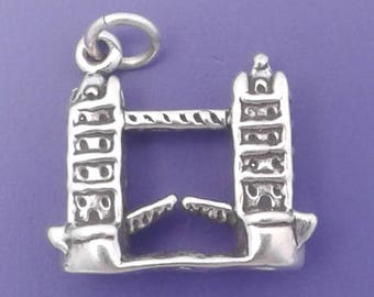 London TOWER BRIDGE Charm .925 Sterling Silver England Pendant - lp4461