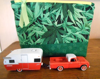 Small Zippered Bag with Cannabis Print