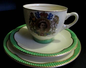 Clarice Cliff Elizabeth II Coronation Trio Cup Saucer and Plate - 1953 - Green