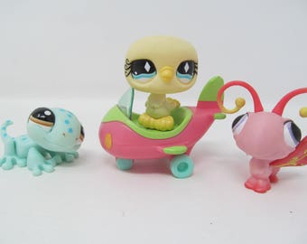 Littlest Pet Shop - 4 pieces included - Gecko/Lizard, Dove Bird, Butterfly, Airplane