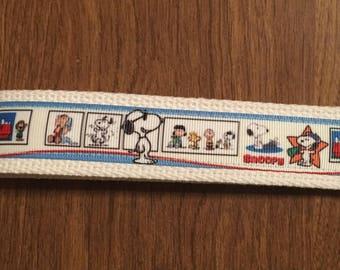 Snoopy Key Chain Zipper Pull Wristlet