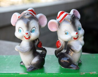 Vintage Kreiss Anthropomorphic Christmas Rhinestone Santa Mice Salt Pepper Shakers 1950s Mid Century Japan Collectible Decorations Figurines