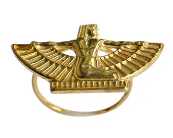 EGYPTIAN ISIS ring in brass