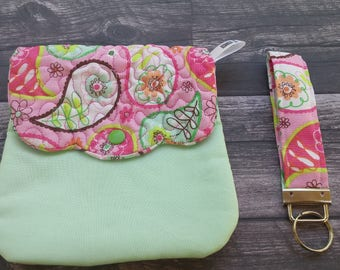 Handmade quilted wristlet with detachable key fob - cell phone purse - quilted purse -pink paisley and mint green!