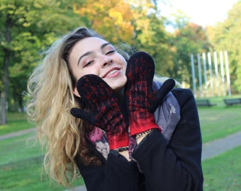 Felted mittens, Womens felt gloves, Black red felt gloves, Felted gloves, Wool felted gloves, Wool gloves, Wool mittens, Winter gloves