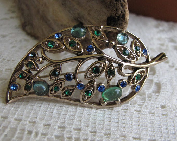 Leaf Brooch Gold-Toned with Green and Blue Rhinestones Lapel Pin Women's Vintage Jewelry and Accessories