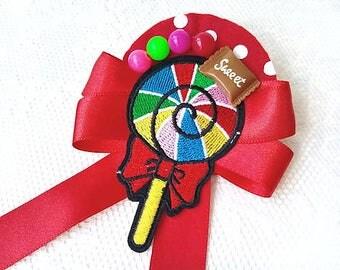 Sweet lollipop (brooch)
