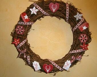 Wreath Christmas ornament.