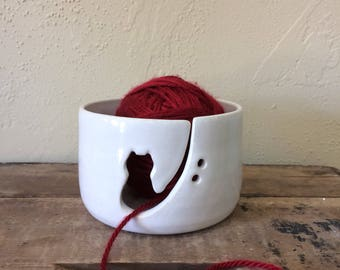 Kitty Yarn Bowl/Cat Yarn Bowl