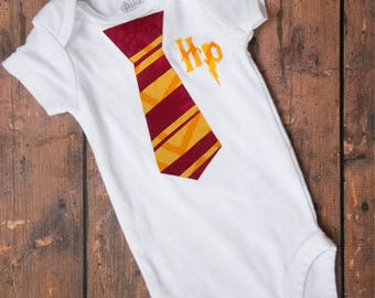 Harry Potter themed One Piece Baby Bodysuit Outfit! Harry Potter tie. baby baby boy Harry Potter. Harry Potter baby tie. Harry Potter
