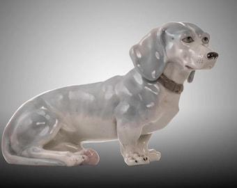German porcelain Dachshund figurine
