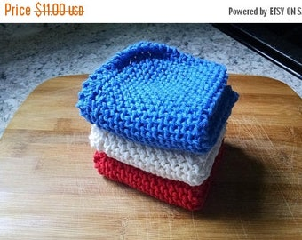 10% OFF SALE Knit Dish Cloth Set of 3, Red White Blue Knit Dish Cloth, Knit Wash Cloth, Knit Dishcloth