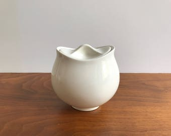 Eva Zeisel Hallcraft Tomorrow's Classic Sugar Bowl with Lid in White