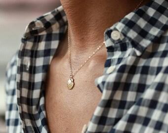 Shell Jewelry, Shell Necklace, Island Jewelry, Tropical Jewelry, Tropical Necklace, Shell Jewellery, Beach Jewellery, Shell Pendant
