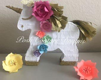 Unicorn Piñata/ Unicorn Centerpiece/ Unicorn Photo Prop/ Rainbow Unicorn Pinata/ Unicorn Bridal Shower/ Unicorn Baby Shower/ Unicorn Party