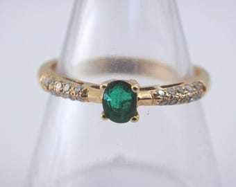 Emerald and diamond 18ct yellow gold ring size L 2.1g Delightful!!!