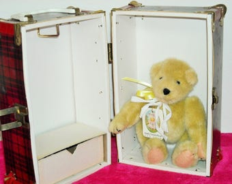 SALE! Now 49! North American Bear Muffy Original Naked Bear in Her Own Trunk/Good Condition/Never Played With/Tags Attached!